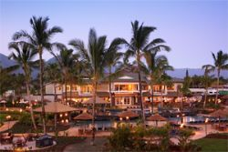 The private lanais and countless impressive amenities will enhance your distinctive Hawaiian retreat.